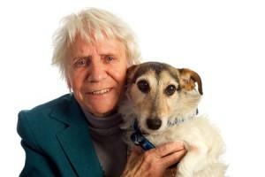 Hund Tyson hat Darmentzündung und Bauchschmerzen - Tierärztin Barbara Höfler berichtet wie eine Futterumstellung nach dem Cytolisa Test geholfen hat...