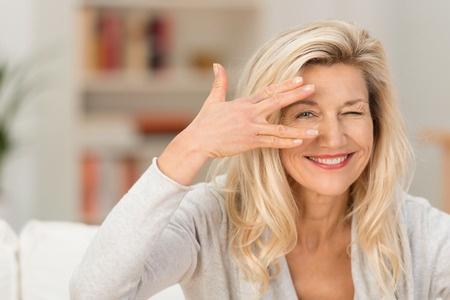 Lid-Ekzem: zugeschwollene, juckende und entzündete Augen, trockene Augen. Kirsten Sauer berichtet, wie ihr das Cytolisa Ernährungsprogramm geholfen hat...